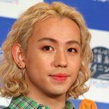 りゅうちぇる「小学校からの友達」 人気アイドルグループメンバーとの写真公開