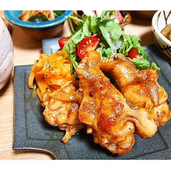 人気のレシピ!鶏手羽元のジャムBBQチキン