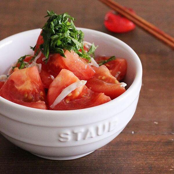 食欲がない時に!トマトとしらすの塩わさびサラダ