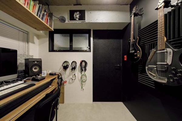 夫自慢の音楽室