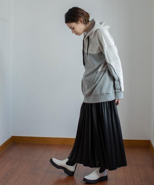 [MARECHAL TERRE] フェイクレザープリーツスカート