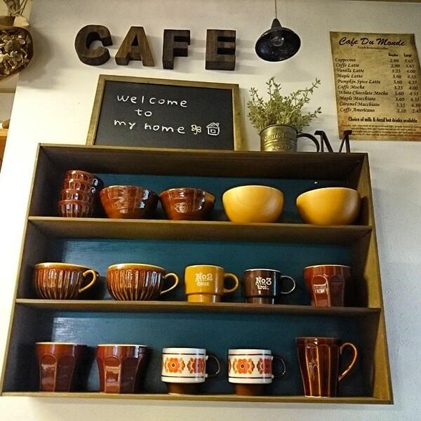 食器棚の収納アイデア12