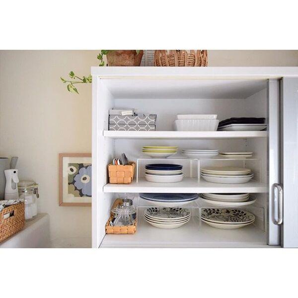 食器棚の収納アイデア2