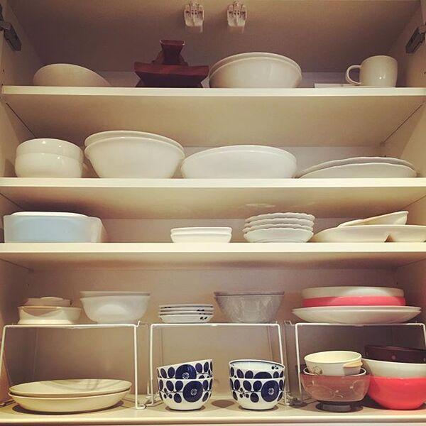 食器棚の収納アイデア6
