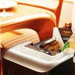 ドリンクの冷蔵からスープの保温まで対応! パーソナル冷蔵庫「Qrey/T6」