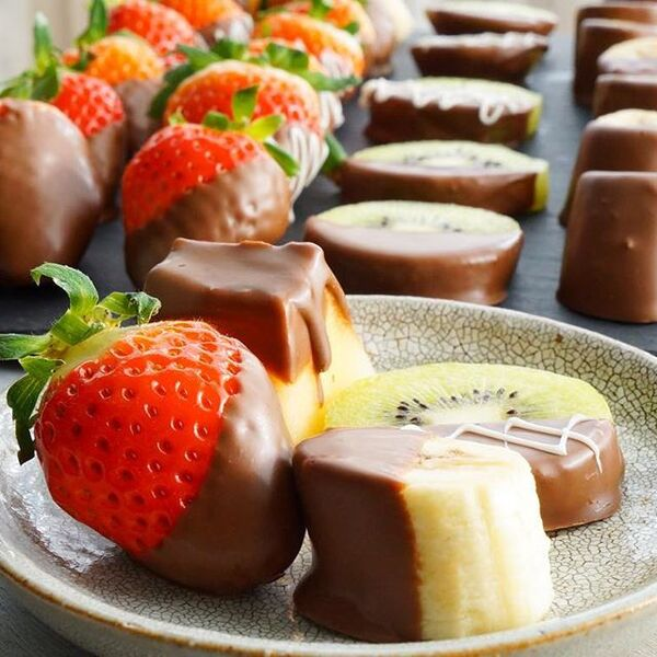 チョコのスイーツ☆人気レシピ《溶かし固めるだけ》4