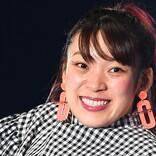 フワちゃん、和田アキ子にキス!? お叱りを心配するファンの声も