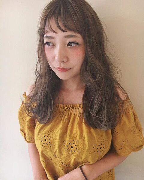 ロング×ゆる巻きカタログ③《薄め前髪》