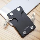 現金、鍵、カードをミニマルに収納! 多機能キーケース「New-Bring」を使ってみた