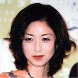 高岡早紀が「毛まで見える」接写フォトを公開!きらめく肌にタメ息