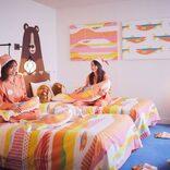"""星野リゾート トマム、鮭尽くしの宿泊プラン「鮭旅」を販売 イクラ丼イメージのお風呂、""""鮭ルーム""""滞在も"""
