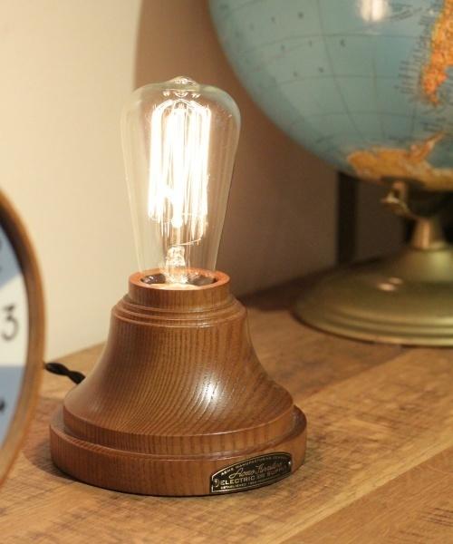 使い勝手の良い万能ライト