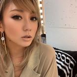 「可愛すぎ」倖田來未、ツヤリップ際立つ自撮り顔アップ写真にファン反響