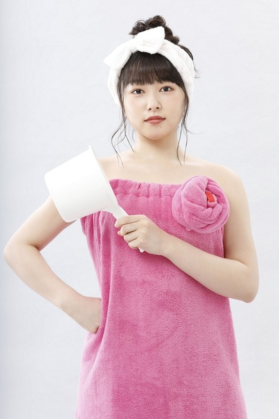 桜井日奈子 (C)片山ユキヲ・小学館/「ふろがーる!」製作委員会