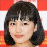 川口春奈、小顔ドアップ「食べる音聴かせまくり」美味選び姿に「至福!」の声