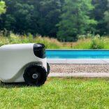 芝刈りロボット、人だけじゃなく犬の仕事も奪ってしまう