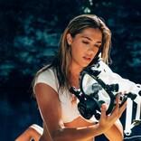 盲目サメが襲う『海底47m 古代マヤの死の迷宮』 スタローン娘「父には全然違う話を伝えたわ」