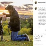 母犬に襲われ顔が変形した犬、運命の飼い主と巡り会う 「完璧じゃなくてもいい」(カナダ)