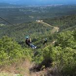 【ロッテアライリゾート】アジア最長1,501mの本格滑空体験! 総面積1万坪のツリーアドベンチャーも満喫
