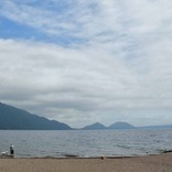 これは絶品「チップの串揚げ」、北海道・支笏湖おすすめグルメ