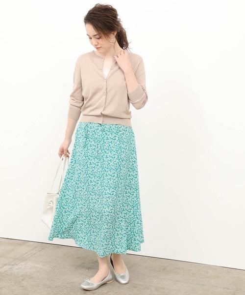 7分袖丈カーディガン×小花柄ロングスカート