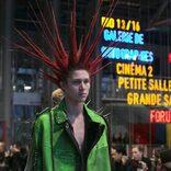 現代社会における新たな〈ドレス・コード〉、わたしたちの装いの実践(ゲーム)を見つめ直す企画展「ドレス・コード? –  着る人たちのゲーム」
