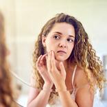 今夜からやめよう!…「顔のたるみ」が加速するNG習慣と撃退策
