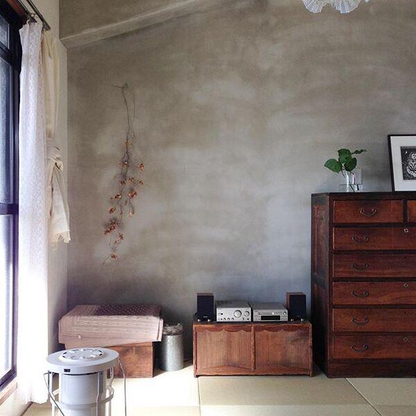 壁紙でも遊べる古民家風和室の内装
