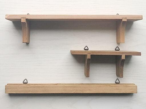 セリア「インテリア木製ウォールラック」は種類も豊富
