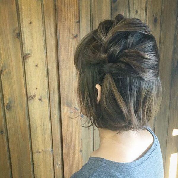 自分でできる結婚式の髪型4