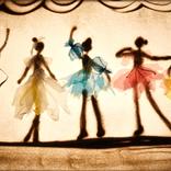 """作曲家の笠松泰洋、女優の今村沙緒里、サンドアートのemullenuettがコラボした心に優しい""""動く砂の絵本""""~「ユニットとして継続しよう!」(笠松)"""