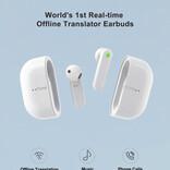 93の言語とアクセントを同時翻訳できる無線イヤホンは文字起こしもできるヤツ