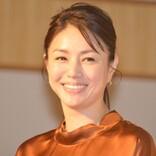 井川遥、『半沢直樹』美しすぎる女将オフショットに反響「通っちゃいます!」