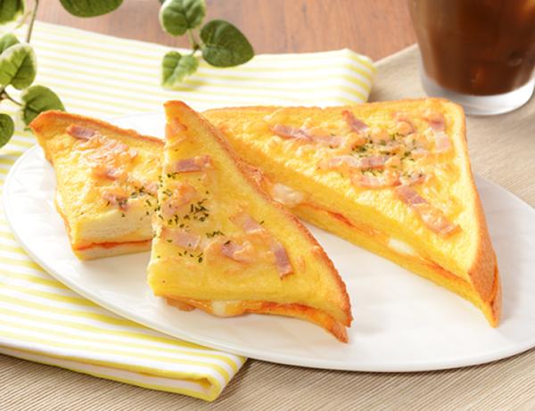 【ローソン】フレンチトースト 4種のチーズとトマトソース(8月4日発売)