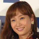 藤本美貴、篠田麻里子&前田敦子との子連れランチ写真が反響「これは激アツ」「可愛いママ」