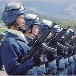 警察の「銃器対策部隊」はサブマシンガンも装備