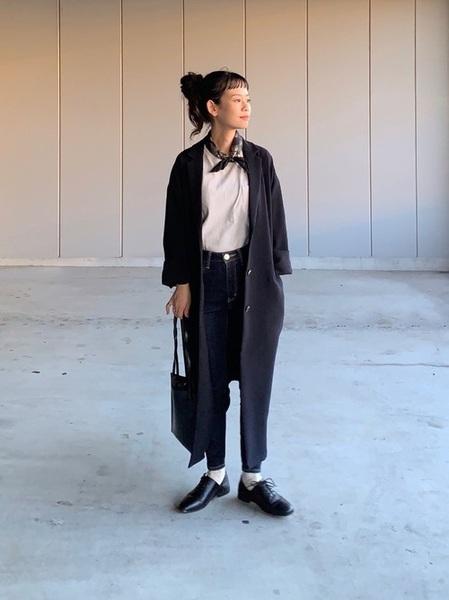 大人に見せる11月のマニッシュな服装