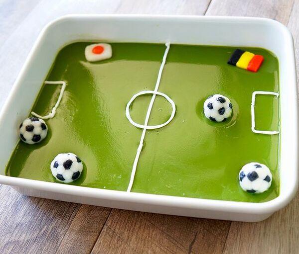 人気の食べ方!サッカーボールのアレンジ白玉
