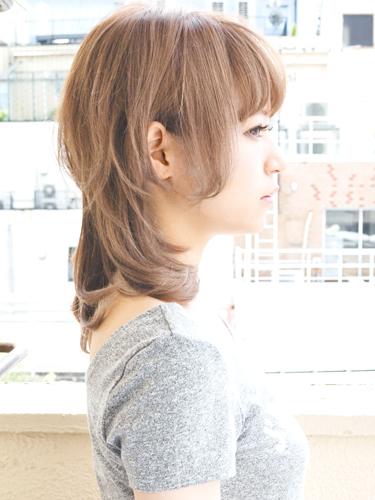 ミルクティーベージュの髪型【ミディアム】