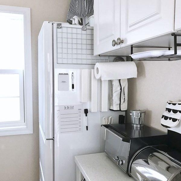 ラップやアルミは冷蔵庫周辺に収納3