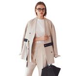「白&ベージュ」スタイル9選|着まわしやすいその実力をチェック