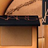 ゴールドを纏う「NARS ミニ ラグナ リップ&チークデュオ」