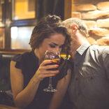 エロいのかな? …超鈍感な男性でも気づく女性からのお誘い行動3選