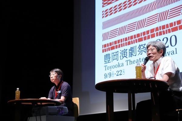 (左から)中貝宗治豊岡市長、平田オリザフェスティバルディレクター。
