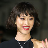 山田優、赤のスケスケ衣装にファン興奮 「五度見ぐらいされそう」
