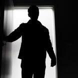 自宅に浮浪者が侵入し生活 その原因に「幽霊よりヤバい」「自業自得」