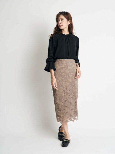 営業の女性に合う服装《スカート》3