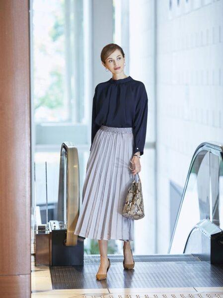 営業の女性に合う服装《スカート》5