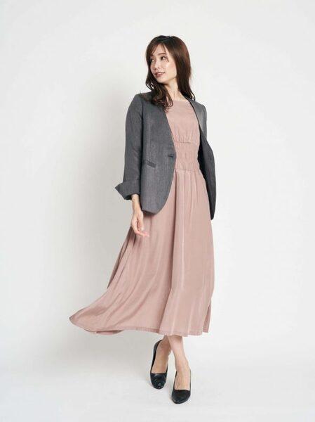 営業の女性に合う服装《ワンピ》7