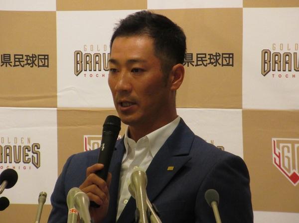 「2人でできるのは心強い。感謝ですね」と川﨑選手の入団を歓迎する西岡選手